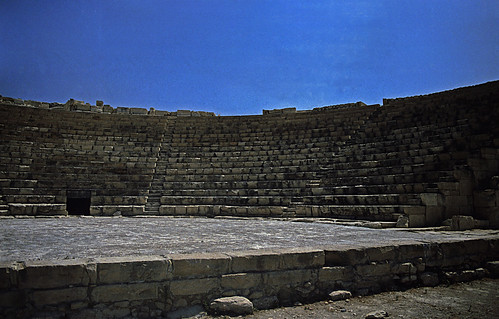 "064Zypern Kourion Theater • <a style=""font-size:0.8em;"" href=""http://www.flickr.com/photos/69570948@N04/14063709514/"" target=""_blank"">View on Flickr</a>"