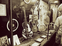 Gee-Tars (Pete Zarria) Tags: tennessee music history guitars elvis instruments rockroll