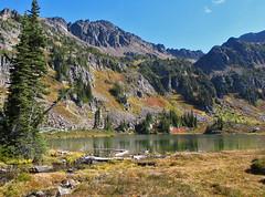 Lake Grace (Mike Dole) Tags: wildhorsecreek alpinelakeswilderness wenatcheenationalforest washingtonstate gracelakes chiwaukummountains cascades