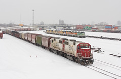 SOO 60's at Northtown; Minneapolis, MN (Ottergoose) Tags: snow train sooline northtown emdsd60 soo6034