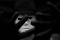 Mscara (MeigaNe) Tags: portrait bw nikon retrato bn mascara rostro misterioso d80 carete