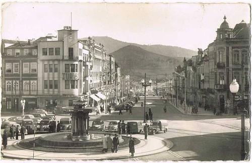 Braga - Avenida da Liberdade - Vista da Praça da República