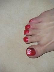 july 079 (kellt2010) Tags: red art big long toe nail off nails broke toenails toenailart