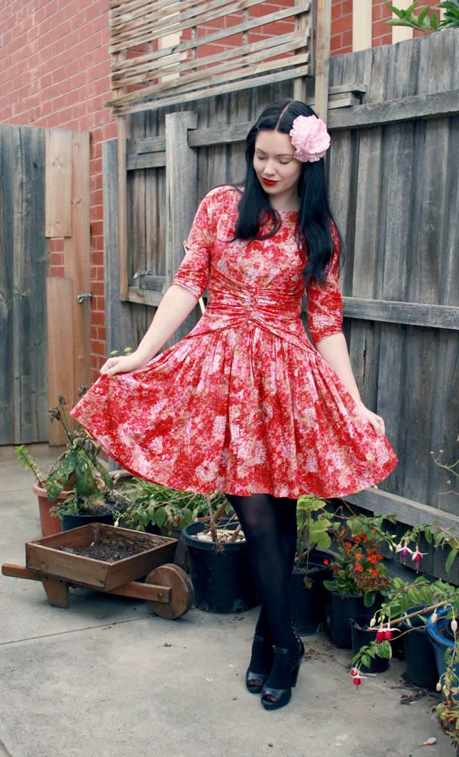 red 50s dress b