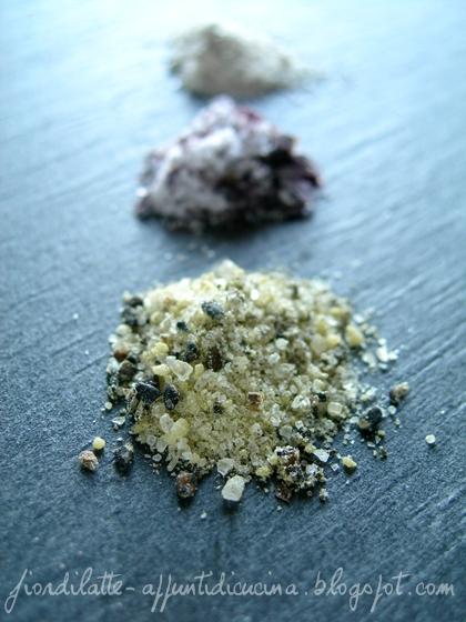 Sale al tè verde matcha e sesamo nero