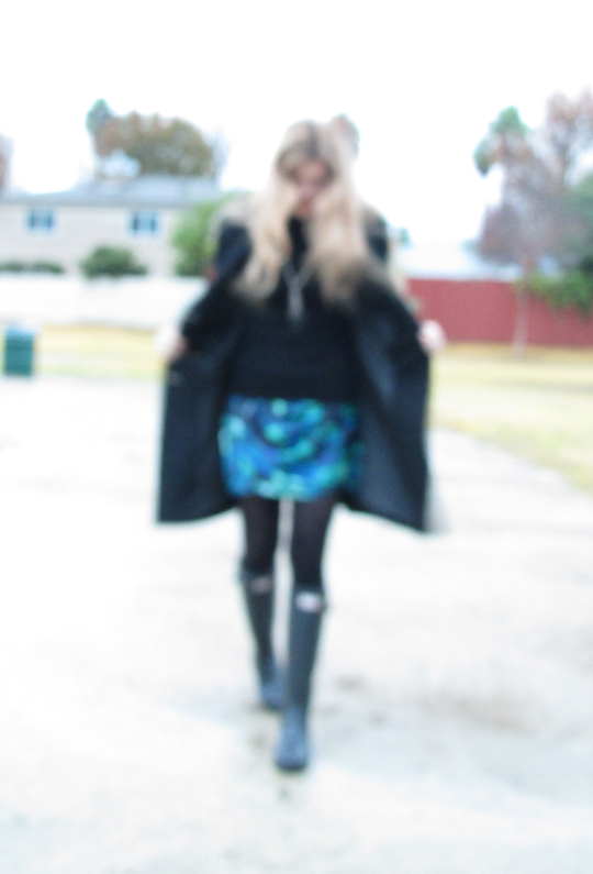 blurry photo+hunter boots+wellies+hunters+rain