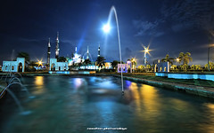 Masjid Kristal and the moon - with fountains (NeeZhom Photomalaya) Tags: longexposure moon nightshot malaysia fountains sparks terengganu sigma1020mm canon50d masjidkristal