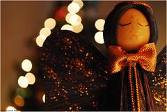 Buon Natale (L *) Tags: christmas xmas light tree angel nikon dof bokeh angelo 1855 albero natale luce buon feste d60