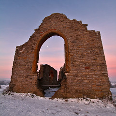 Sacred Ruins at Burrow Mump (lens buddy) Tags: uk winter snow church sunrise canon somerset sacredsite winterscene churchruins earlymorningsun burrowmump somersetlevels burrowbridge canoneosdigital mump triassicsandstone somersetwetlands saxonkingalfred isleofavlon