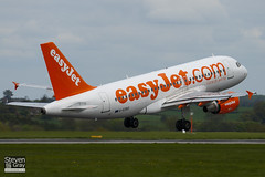 G-EZBZ - 3184 - Easyjet - Airbus A319-111 - Luton - 100504 - Steven Gray - IMG_0746