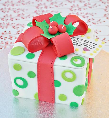 Christmas Gift Box Cake 1