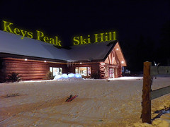 Keys Peak Lodge (Nannyberries) Tags: snow snowboarding skiing hill down sp 800 skihill uz wisconsinwinter skiingski lodgeflorence sportsolympusolympus