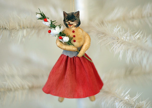 Spun Cotton Kitty Dressed in Red