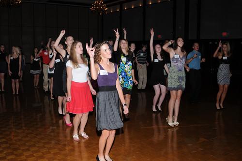 Kids dancing 01