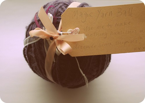 magic yarn ball ::