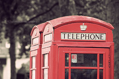 ( ~ ) Tags: red london phone bokeh telephone