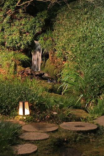 鶯啼庵の滝4