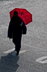 _IGP5214 (GT-Nikhil) Tags: umbrella muslim islam hijab georgetown 365 niqab redumbrella splashofcolour muslimwoman burka aphotoperdayforayear
