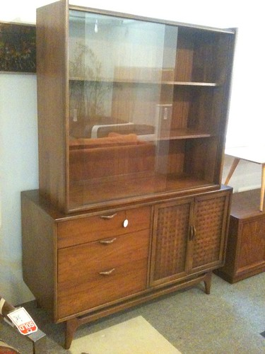 2pc lane buffet and hutch