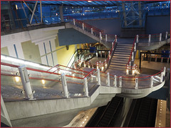 Blaak n red (abriwin) Tags: nl holland netherlands rotterdam blaak night station metro stairs red