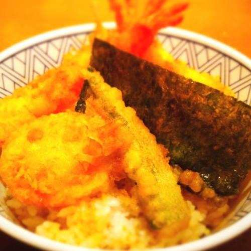 天丼です!ししとう、海老、レンコンなど! Tempura Donburi TEN-DON 