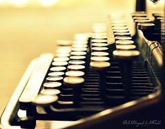 (m i c h e l e j e n s e n [photography]) Tags: light typewriter vintage keys dof antique hss