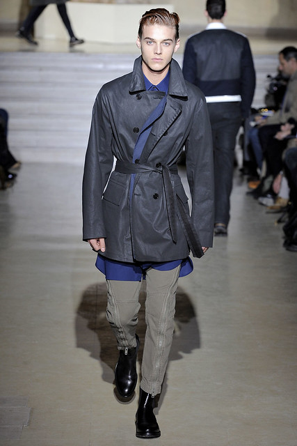 Robbie Wadge3447_FW11_Paris_Dries Van Noten(VOGUEcom)