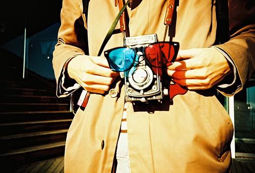 Twin lens boy