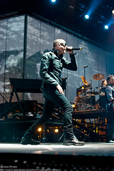 Linkin Park (Beyond The Barricade Photography) Tags: boston ma mikeshinoda linkinpark february feb mass chesterbennington tdbanknorthgarden 2011 february1 tdgarden joehahn braddelson robbourdon davefarrell athousandsuns athousandsunstour lplive02012011