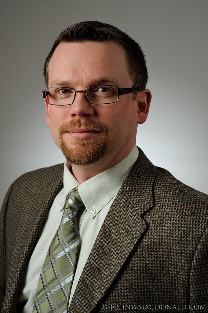 Ottawa Headshot - Dr. Brian MacDonald