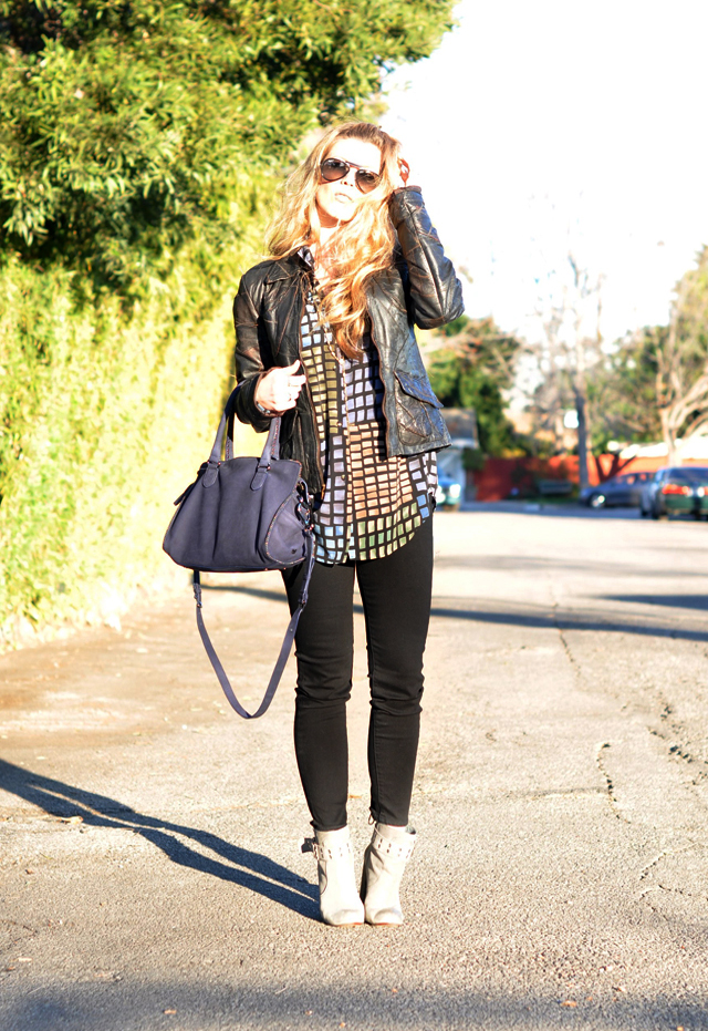 long wavy blonde hair, ray ban aviator sunglasses, vintage blouse, lace up jeans, black jeans, gray boots, rosegold, DVF, blue bag, vintage leather jacket, patchwork leather jacket, cropped jeans, los angeles, DSC_0056