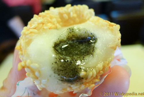 deep fried dumpling with black sesame filling, Best Value Michelin Starred restaurant in the World