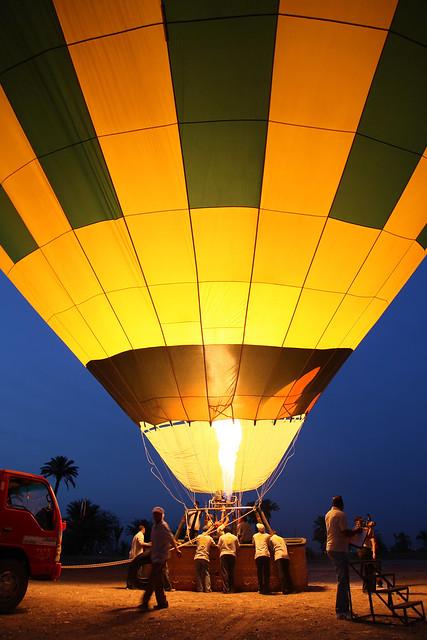 エジプト旅行 ルクソール 気球ツアー