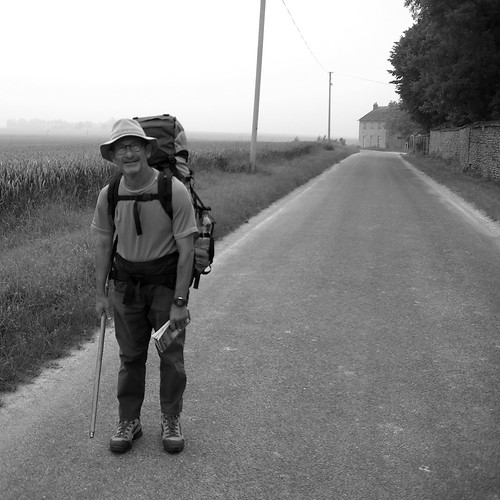 Cyclist Gerard de Boer met fellow pilgrim Abel, near Arpajon, south of Paris, en route to Santiago de Compestela. Photo: Gerard de Boer