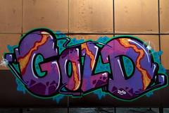 Gold (Herr Olsen) Tags: abandoned gold graffiti garage workshop graffito piece solingen verlassen urbex autowerkstadt