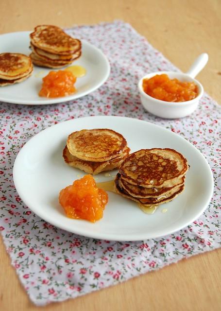 Mini buckwheat pancakes / Panquequinhas de trigo sarraceno
