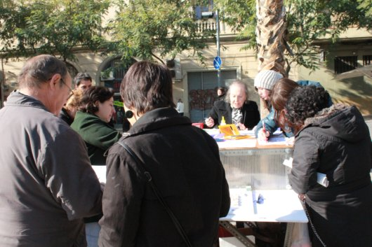 Public Space and Participation in Plaza Fort Pienc: Week Two