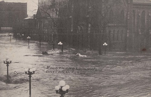 Fourth and Ludlow Streets, Dayton, OH - 1913 Flood