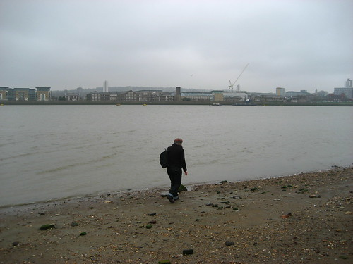 Mudlarking at Gallion's Reach