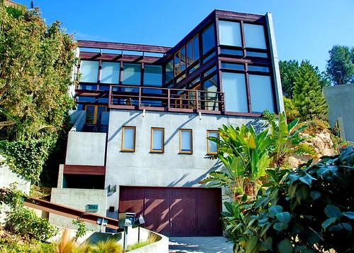 X-House, Dana Taylor, Architect 1992 by Michael Locke