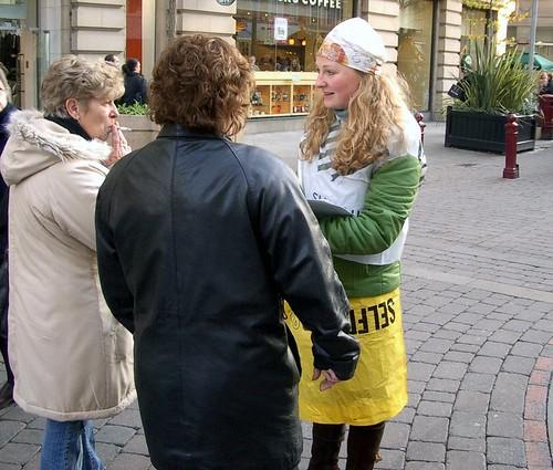 Helen_plastic_bag_action