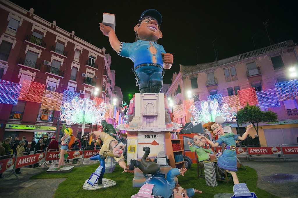 Falla in Ruzafa District
