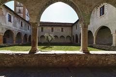 Chiostro ex-convento - Santa Maria delle Grazie - Gravedona (p.longoni) Tags: santa maria chiesa di grazie chiostro delle gravedona exconvento
