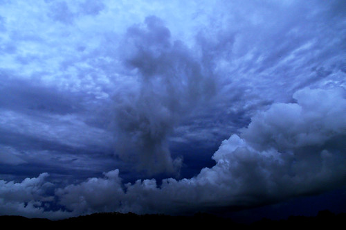 [Free Image] Nature/Landscape, Cloud, Dark Clouds, Australia, 201103241900
