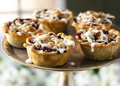 Mini Buckle Berry Pies Recipe (Betty Crocker Recipes) Tags: pie recipe muffins berries coconut mini fresh goldmedal blueberries pillsbury piecrust bettycrocker royalwedding generalmills buckleberry brunchideas partyideas servingplatter williamandkate brunchrecipe minibuckleberrypiesrecipe