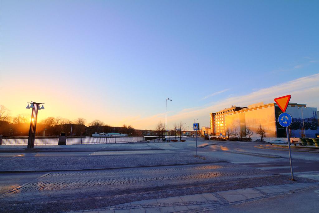 Hotell Statt och Nybron i soluppgången, HDR.