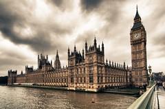 Big Ben & Parliament (padlock'd) Tags: city sky london clock tourism thames buildings river nikon britain great wide dramatic parliament bigben wideangle clocktower tokina holmes sherlock swa 1116 d7000