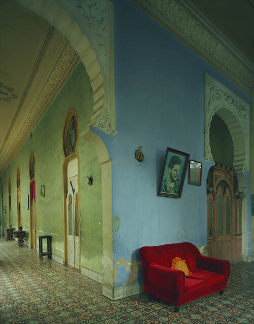 Michael Eastman, Red Couch, Havana