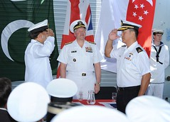 CTF-151 Change of Command (Pakistan Navy) Tags: uk turkey us singapore korea arabiangulf djibouti cmf changeofcommand gulfofaden f99 hmscornwall maritimesecurityoperations multinationaltaskforce pakistannavy republicofsingaporenavy ctf151 combinedtaskforce151 counterpiracy somalibasin viceadmmarkfox gulfsecuritycooperation combinedmaritimeforce commandercombinedmaritimeforces commodoreabdulaleem rearadmiralharrischanwengyip
