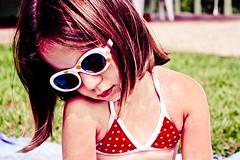(.Guilherme Andrade) Tags: color cute girl eyes child olhos garota criana fofo cor guilherme andrade guilhermeandrade